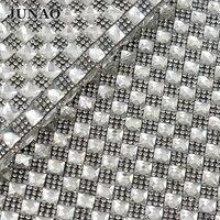 8*8mm En Cristal Clair Strass Garniture Fer Sur Transfert De Mariée Perlée Applique Diamant Mesh Rouleau Pour la Robe De Mariage décoratif