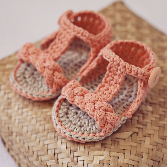 Free Shipping Handmade Crochet Pattern Baby Shoes Blue Short Cuff