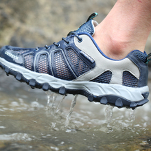 SOCONE New Outdoor Camping Hiking Shoes Anti-skid Wear Resistant Breathable Boots Fishing Shoes Men Climbing