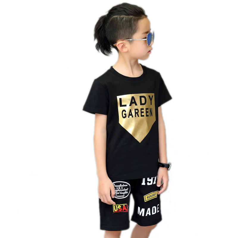где купить boys summer clothes sets 2017 new kids clothes kids sports suits Bronzing letter printed t shirt+harem pants boys hip hop sets по лучшей цене