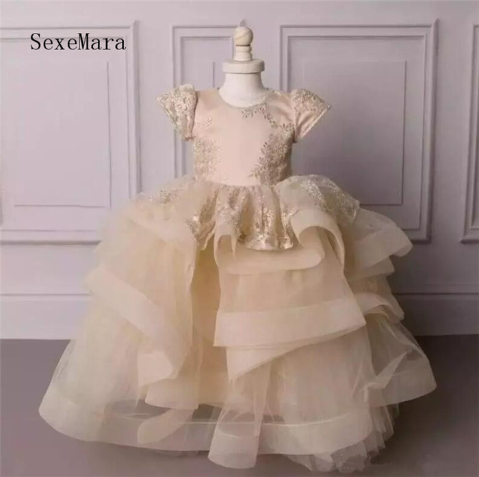 New Ball Gown Flower Girl Dresses For Weddings Champagne Puffy Organza Girls Pageant Dress Tiered Communion Gown