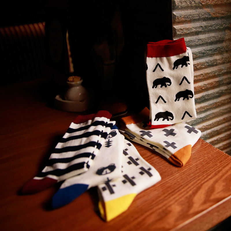 2016 New Cartoon Men Cotton Socks Fashion Cartoon Casual Happy socks For Young Men  5 Colors For Choose