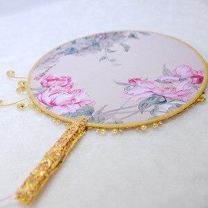 Image 5 - Kyunovia Kore Fan Tipi Gelin Buket Kristal Çiçek Kız Buket Altın Çiçek Kız Değnek Gelinlik Buketi D90