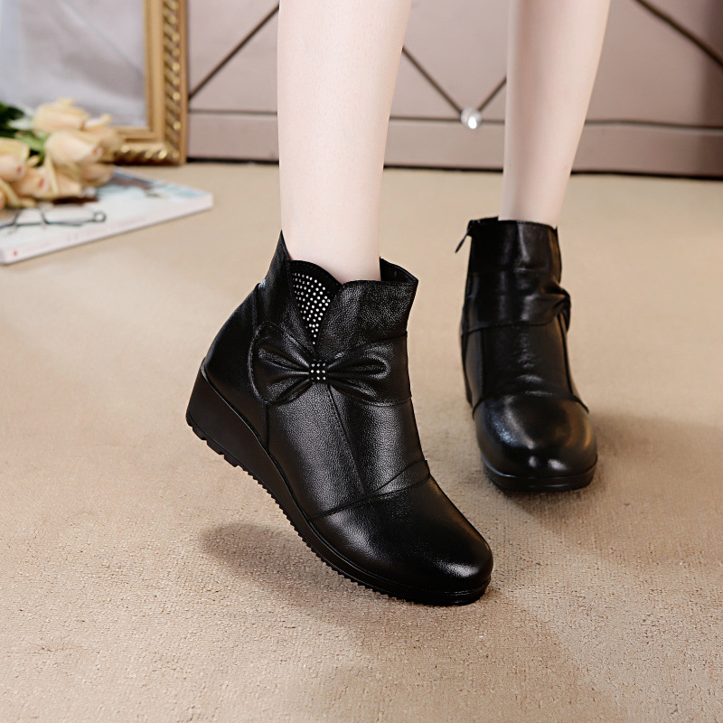 цена на women brand boots 2018 new Winter mother boots genuine leahter cotton shoes warm boots anttlip ankle mother winter flat boots