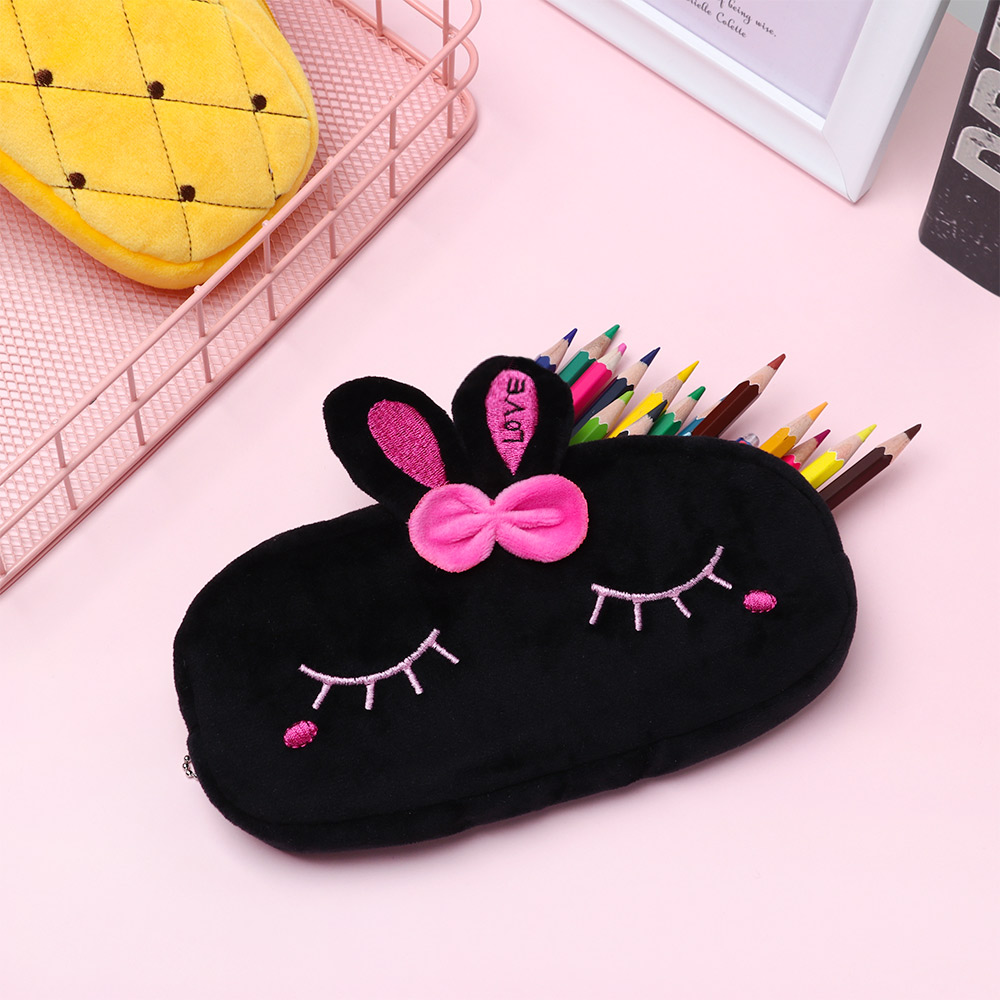 1Pcs Cute Plush Cartoon Makeup Pouch Women Cosmetic Bag Kawaii Animal Small Children Student Stationery Bag Creative Gifts Kids