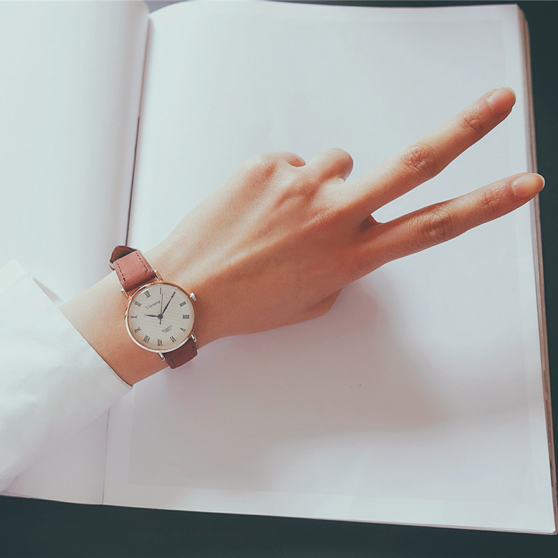 Ulzzang luxury brand women's fashion wrist watches casual quartz watch women vintage leather band roma scale retro clock gift