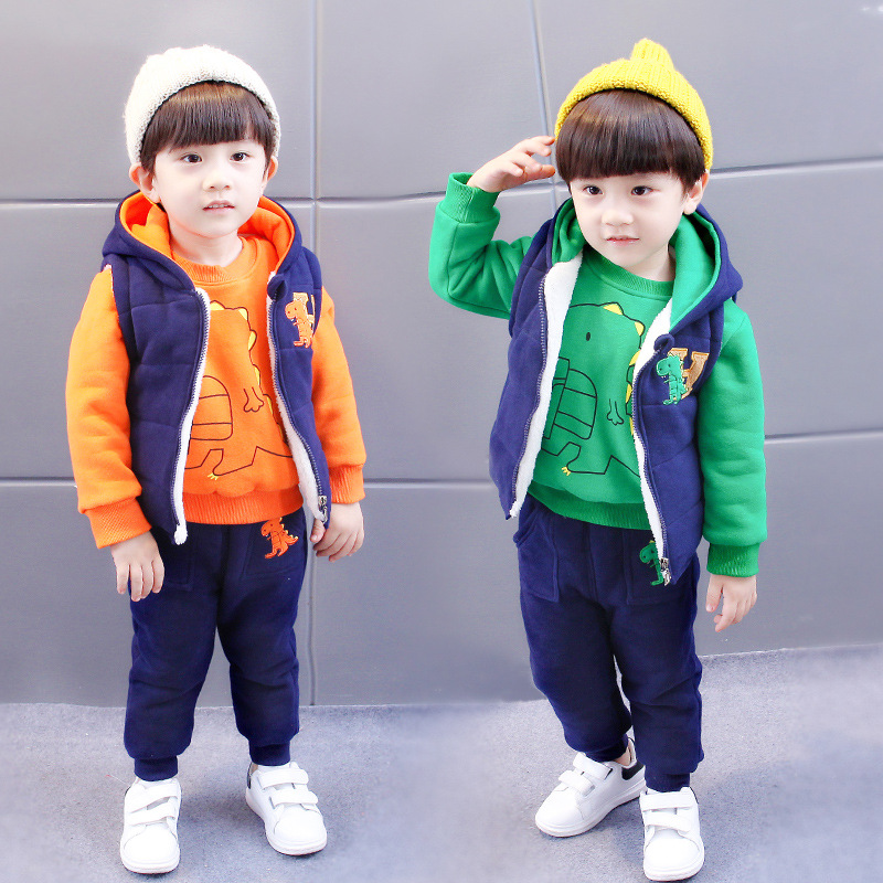 Baby Boys Girls Clothes 2018 New Kids Children's Sets 3pcs Set Boy Dinosaur Winter Suit Thick T-shirt + Vest +pants 1-5 Years все цены
