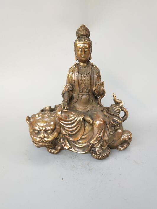 Statue de bouddha en laiton pur chinoisStatue de bouddha en laiton pur chinois