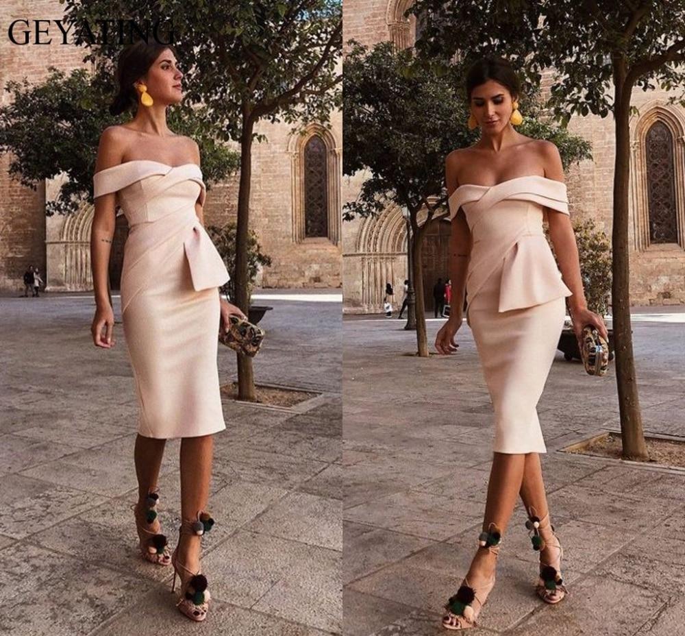 2019 Champagne Short Satin   Cocktail     Dresses   Plus Size Off Shoulder Knee Length Cheap Simple Arabic Formal Evening Party   Dress