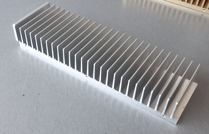 Fast Free Ship Whole aluminum radiator 263mmx40mmx80mm Drawbench Full aluminum heat dissipation power amplifier Heatsink free ship thick type lm1875 lm4766 tda2030 dedicated radiator 108 45 41mm power amplifier chip heatsink