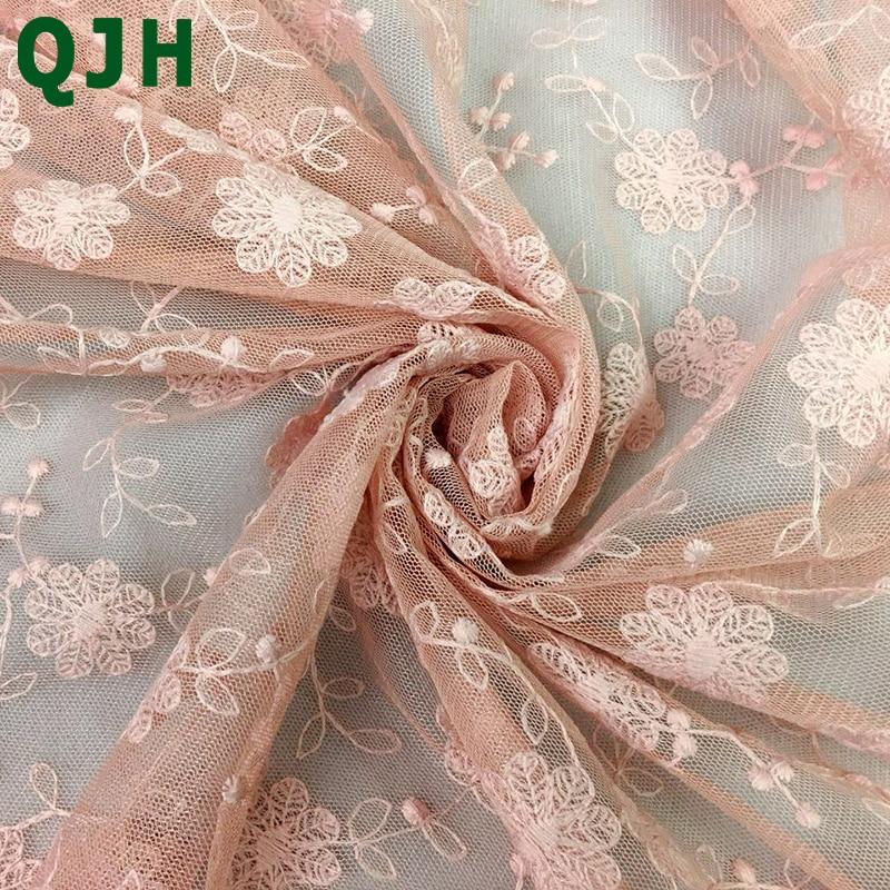 1 cour 4 couleurs Nouveau coton-fil broderie exquis Franch Dentelle tissu 130 cm DIY Femmes de robe de mariage vêtements accessoires