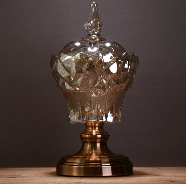 Classical European Glass Pedestal Organizer Jar Decorative Metal Home Lidded Storage Canister Art and Craft Ornament Furnishing
