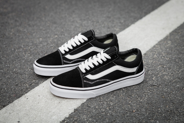 b753c796d7145b VANS OLD SKOOL Classic Mens Sneakers shoes