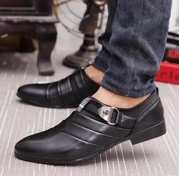 Business Men Formal Shoes Black / White Man Oxfords EU 39-44 Latest Style Pointed Toe Slip On Men Fashion Flats