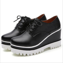 2019 Women Flats Shoes Genuine Leather Mother shoes Comfortable Causal Moccasins Plus Size 35-43