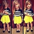 Nueva Summer Girls Clothing Set Niños Rayó la Camisa + amarillo Faldas de Encaje 2 unids Niña Trajes 2-6 Años Niñas ropa