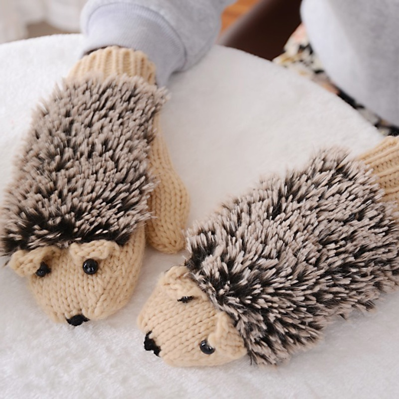 Fashion 1 pair Female Winter Warm Gloves Cartoon Animal Hedgehog Cute Cotton For Woman Girl