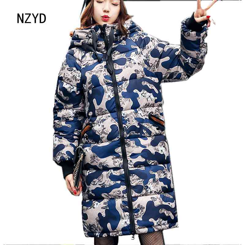 2017 Winter Women Jacket New Fashion Hooded Thick Super warm Medium long Parkas Patchwork color Loose Big yards Coat LADIES202 2017 new winter fashion women parkas hooded thick super warm medium long coat casual slim big yards cotton padded jacket nz308