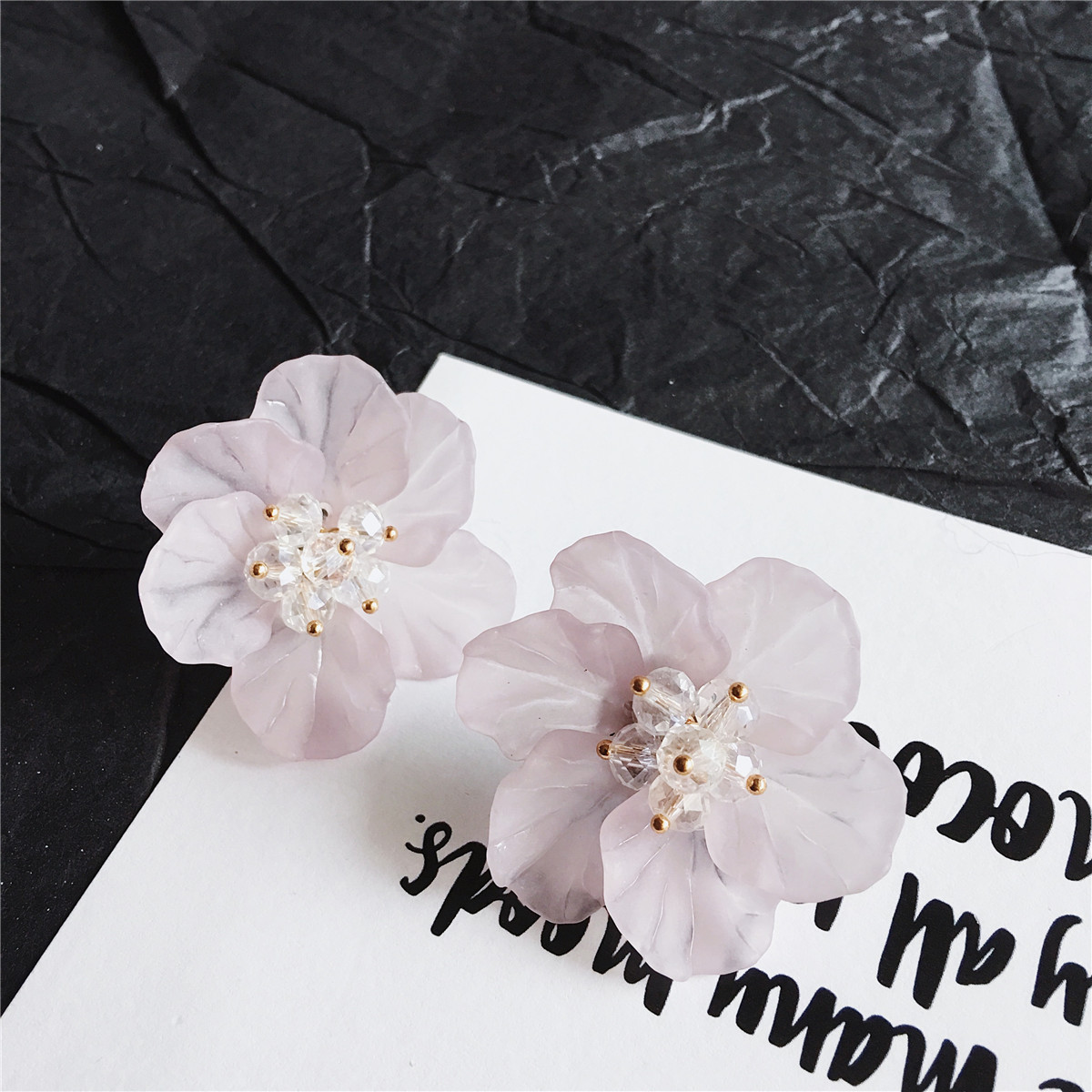 black studs white from tai ying wholesale in year ear the design jewelry for earring new gifts item stud yang fashion flower earrings ji