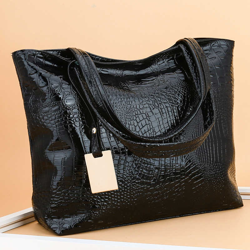 Women Shoulder Leather Bag Fashion Handbag Retro Embossing Leather Ladies Shoulder Bag Large Tote Purse Women Handbag