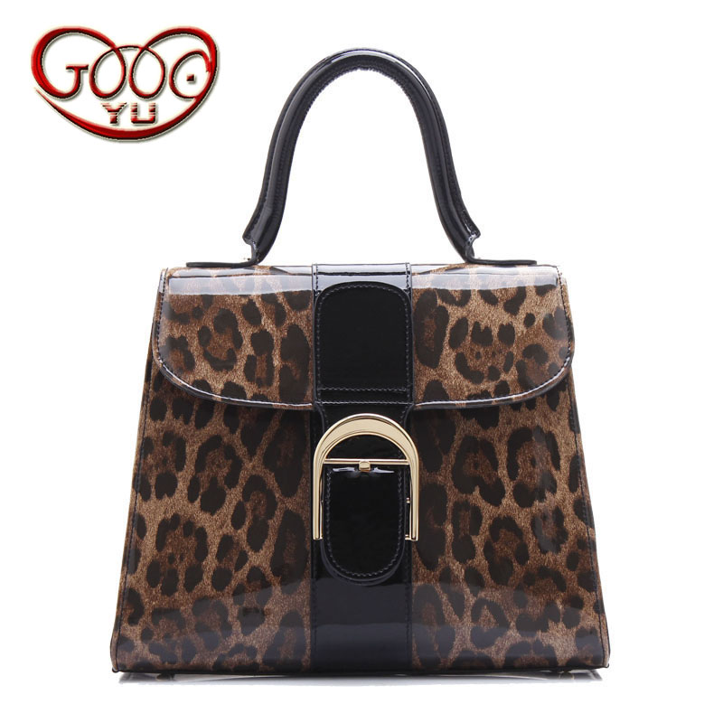 Europe and the United States style sexy leopard leather handbags ordinary paragraph patent leather leather handbag Messenger bag fashion handbags europe and the united states trendy handbag 2018 new shoulder messenger bag