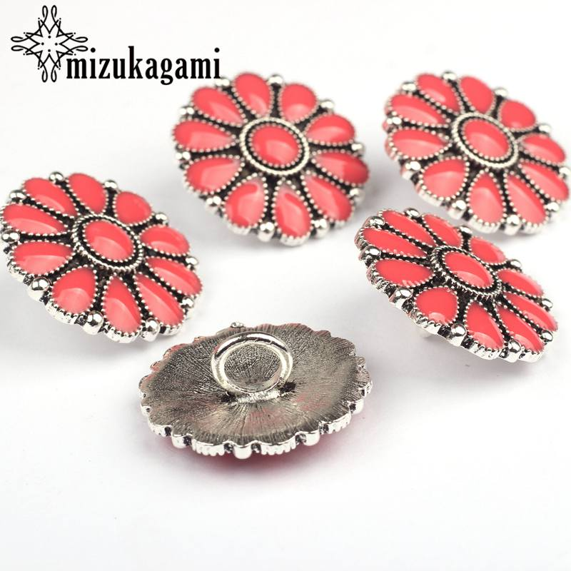 CONCHO Zinc Alloy Round Enamel Daisy Flowers Silver Red Decorative Buttons Charms Pendants 3pcs/lot 30MM For DIY Accessories