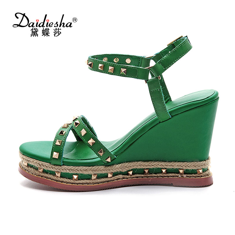 2017 Summer Fashion Women Sandals Genuine Leather Buckle Ankle Strap Super High Wedges Heels Platform Rivet Ladies Shoes woman fashion high heels sandals women genuine leather buckle summer shoes brand new wedges casual platform sandal gold silver