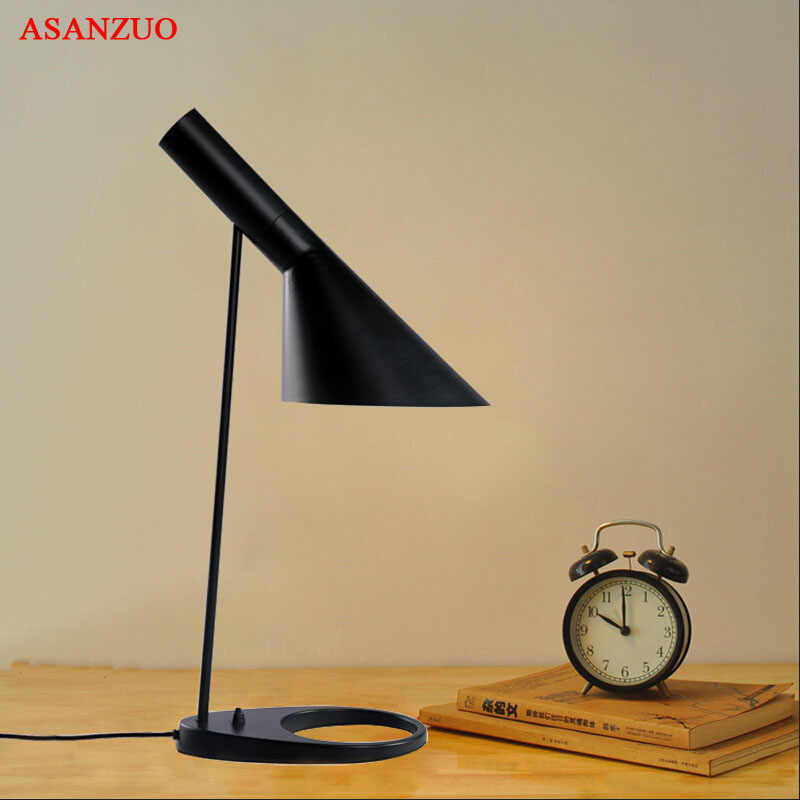 Modern Table Lamp White Black classic table lamp  Study office table lamps personality decoration Lighting fixtures