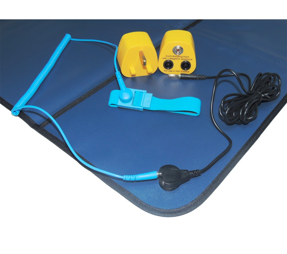 Free Shipping AIDACOM ESD Field Service Kits + Wrist Strap+Grounding Lead Kits+UK EBP Plug,Antistatic Field Service Kits,ESD Mat free shipping 10pcs stv9302a field scanning integration
