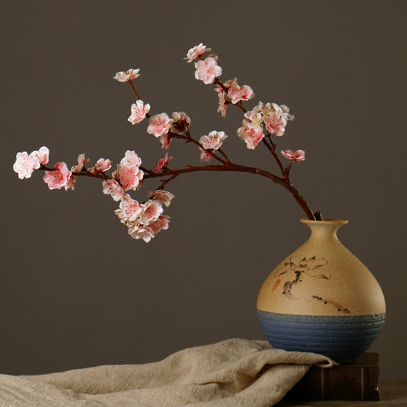 Gyönyörű hamis virágok lelkipásztori stílus étkezőasztal - Ünnepi és party kellékek