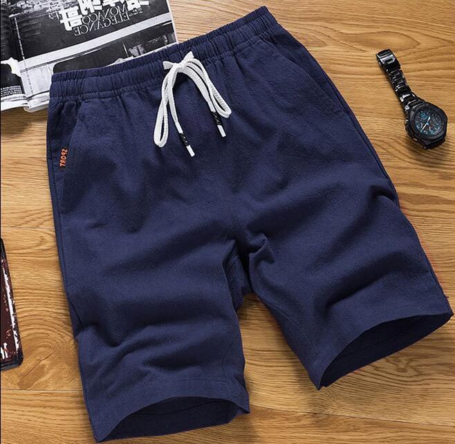 Pantaloncini di cotone di estate degli uomini nuovo sport di tendenza grandi pantaloni cinque punti completo di formazione pantaloncini R18Pantaloncini di cotone di estate degli uomini nuovo sport di tendenza grandi pantaloni cinque punti completo di formazione pantaloncini R18