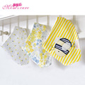 2016 Momscare Baby Bibs 100% Cotton 3-piece Set Cartoon Infant Saliva Towel Burp Cloth Baby Feeding Towel Toddler Newborn Bib
