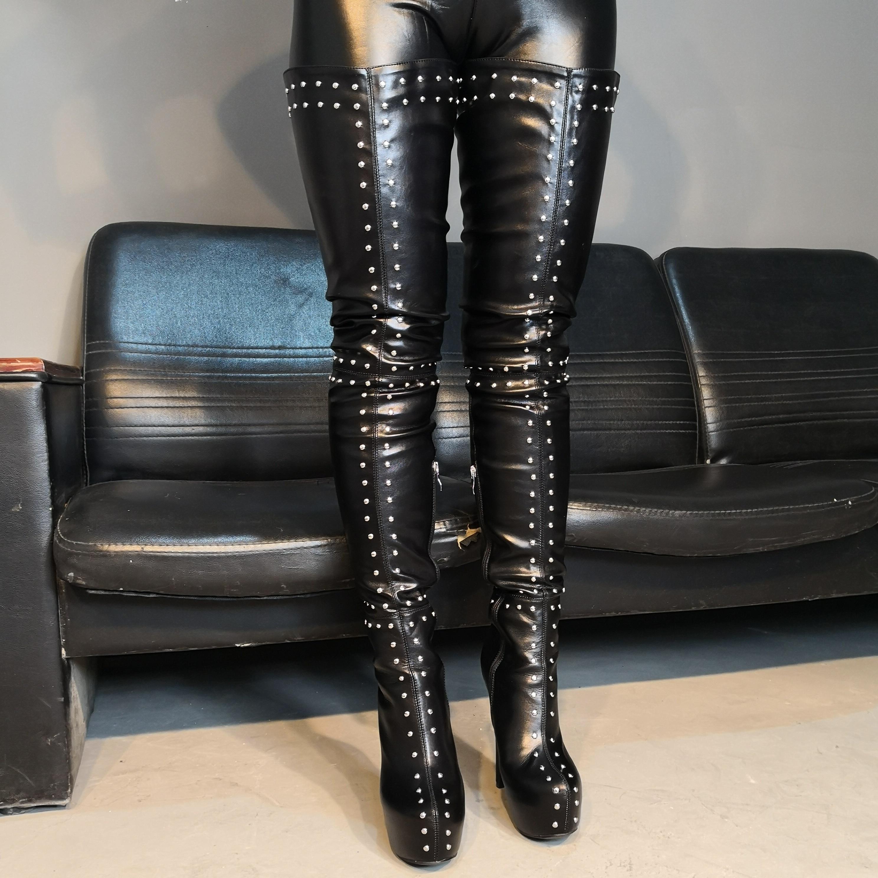 Оригинальные женские ботинки на очень высоком каблуке, соблазнительные женские ботфорты на платформе с заклепками, размер 5 15