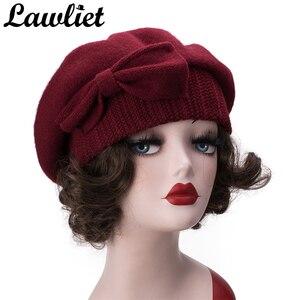 Image 2 - Lawliet נשים כומתת חורף כובע 1920s שיק סגנון 100% מבושל צמר קשת פרטים חורף כפת Skullies הבסקים צרפתית אמן מצנפת