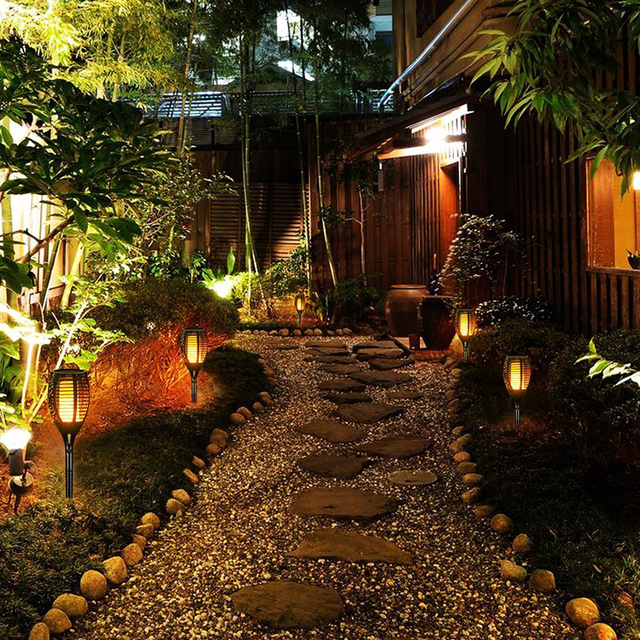 Solar 72LEDs 96LEDs LED Flame Lamp Waterproof Lawn Dancing Flicker Torch Lights Outdoor Garden Path Decoration Landscape Lights