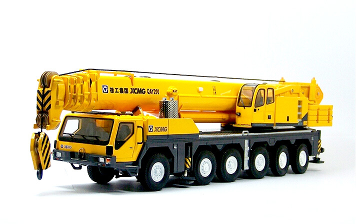 Domestic original 1:50XCMG QAY200T large crane crane model alloy engineering vehicle model / collection