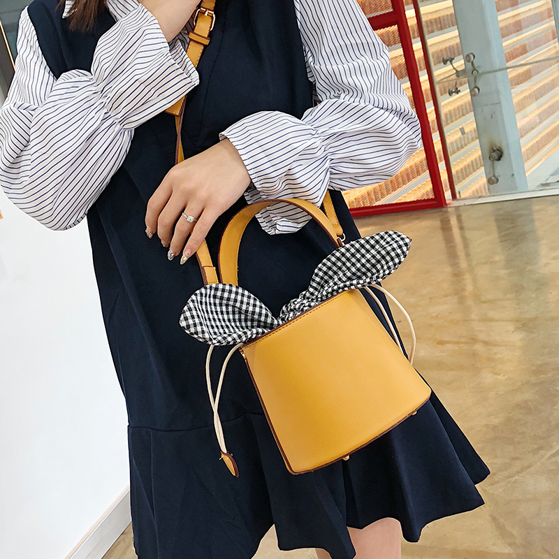 Designer Bucket Bag Pu Leather Handbags Crossbody Bags For Women Messenger Bag Bow Tie Buckle Bag Brown/Black Female