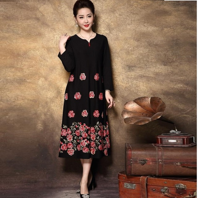 1bbceb6b024b6 US $95.0 |2018 Fashion Winter Floral embroidery Knitted dress Middle age  women Plus size Vintage Retro buckle Mother sweater dress XXXXL-in Dresses  ...