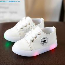 KKABBYII детские туфли принцессы модные светодио дный кроссовки обувь парусиновая мягкая подошва детские спортивные туфли для малышей с легкой обувью для мальчиков и девочек кроссовки