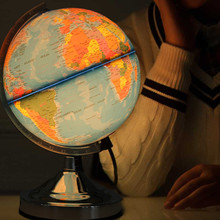 Карта географии мира с синим океаном, землей, вилка европейского стандарта, вращающийся шар с подсветкой для дома, школы, офиса, ночник, настольный декор
