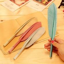 20 יח\חבילה מכירה לוהטת Creative נוצת צורת עט כדורי גבוהה באיכות פלסטיק כתיבה לילדים ילדי משלוח חינם מתנת עטים