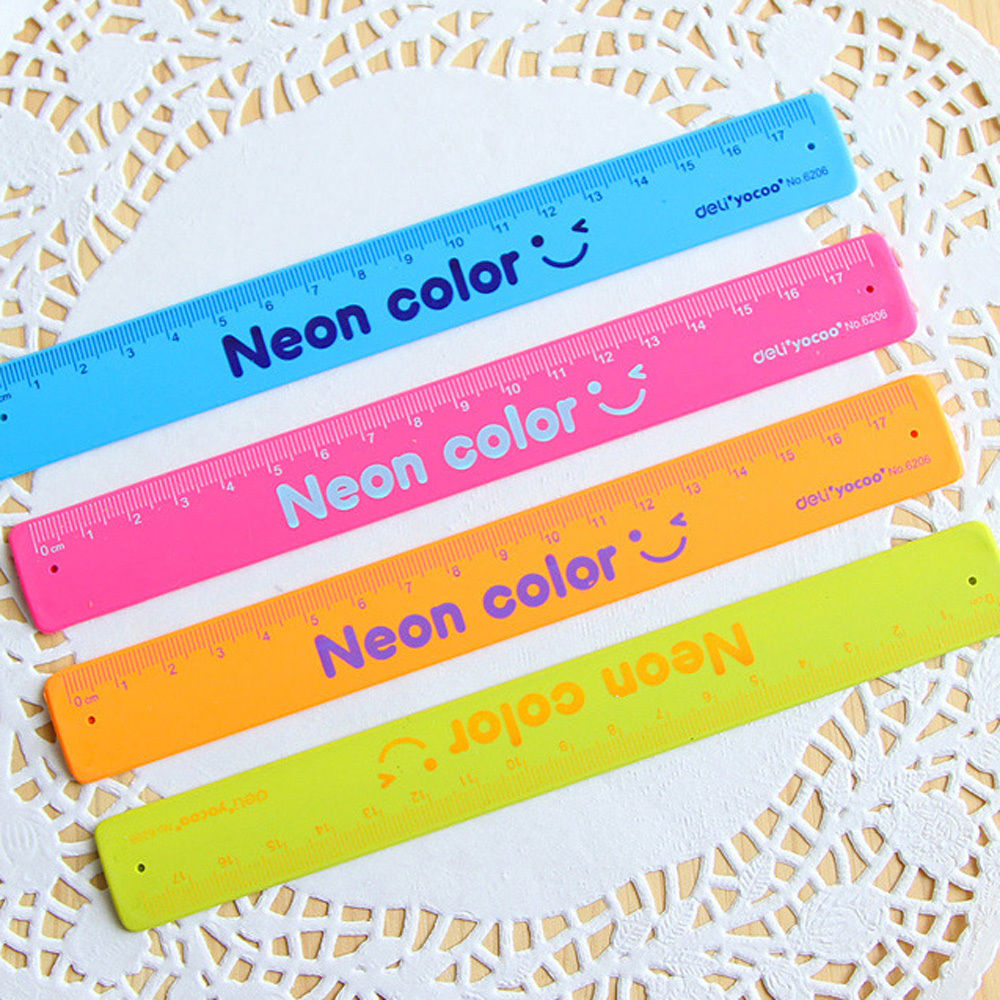 Silicone Bracelet Ruler School Wristband Straight Ruler 18 Cm 1PC