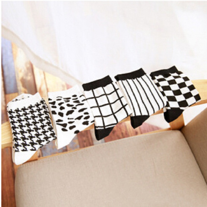 2018 Sale Mens Socks Calcetines Hombre Casual Mens Autumn And Winter For Personality Cotton Socks Striped Houndstooth