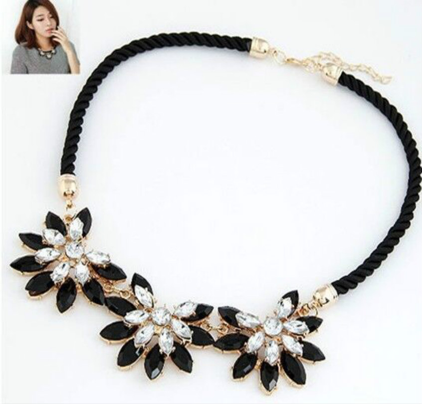 2016 Women Collar Bohemian Retro Statement Necklace Woven Chain Link Crystal Flower Pendant Necklace Fine Jewelry Wholesale