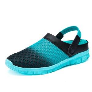 Image 2 - 2020 męskie sandały klapki Mesh oddychająca mężczyzna kobieta buty męskie Sandalias letnie buty Sandalen Sandalet duży rozmiar 46 47