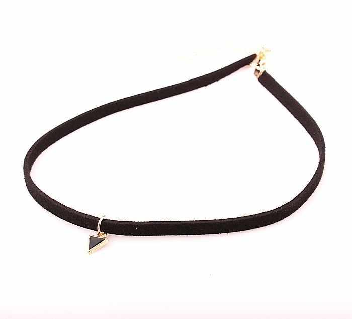 Nóng Bán 2016 Thời Trang Punk Đen Rope Chain Tattoo Choker Tam Giác Pendant Necklace Choker Xương Đòn Chain Statement Necklace