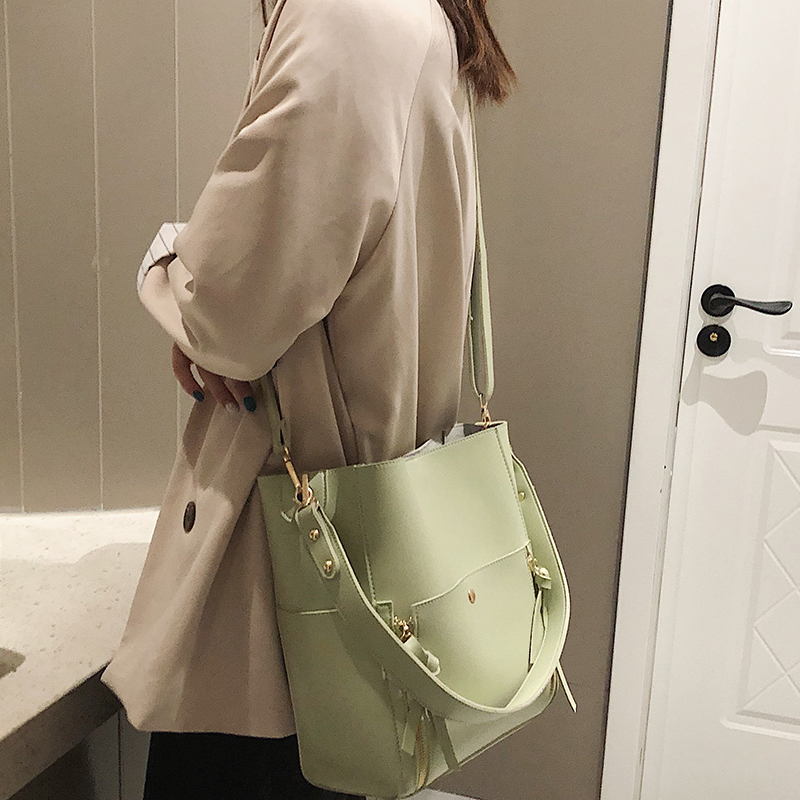 Two sets women handbaggs Crossbody Bag 2019 Fashion pu Leather Luxury Women Messenger Bag Ladies Girls Totes Bucket bag 52
