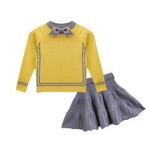 Image 4 - HE Hello Enjoy/осенне зимний комплект одежды для маленьких девочек, изысканная детская одежда, теплый вязаный пуловер + плиссированная юбка, костюмы