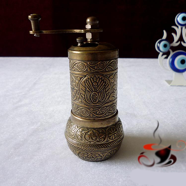 цена на Turkish style manual coffee & spice seasoning grinder all metal mini table grinder Copper Alloy Relief Pattern