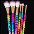 Moda 6 unids Pinceles de Maquillaje Set Rainbow/Oro Rosa Cepillo Cosmético compone el Kit de Herramientas Unicornio Cuerno Colección